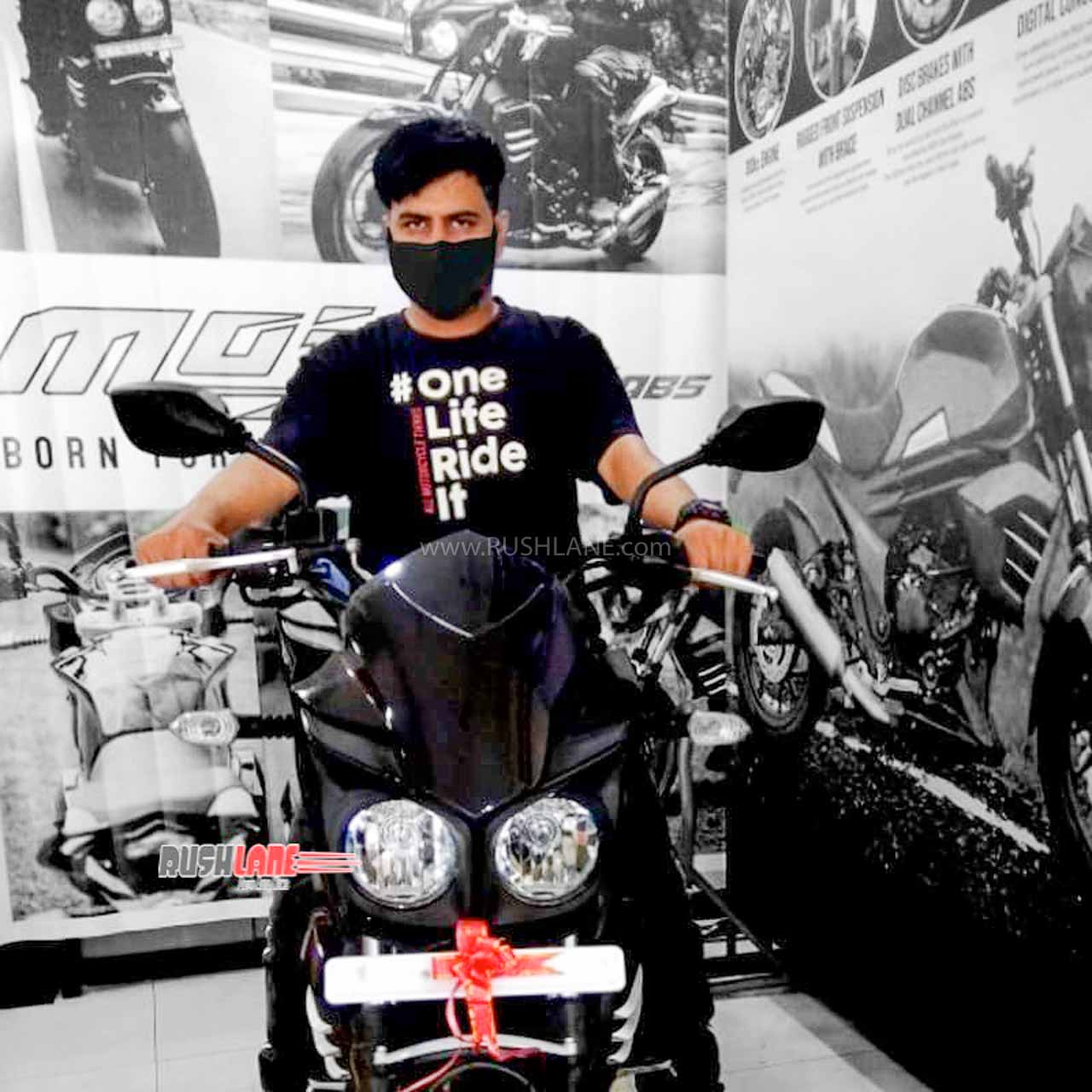First owner of BS6 Mahindra Mojo