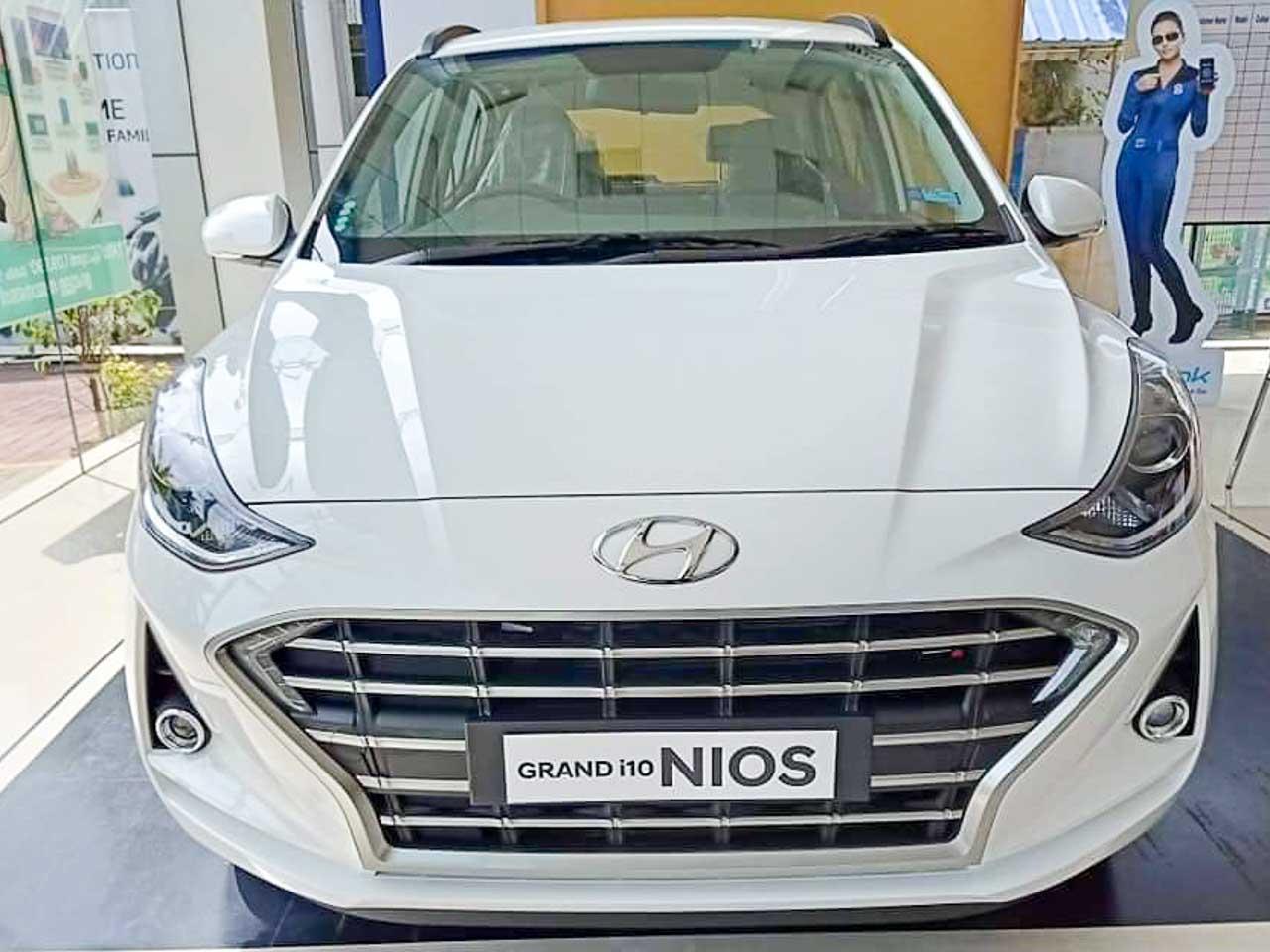 Hyundai Grand i10 NIOS discounts