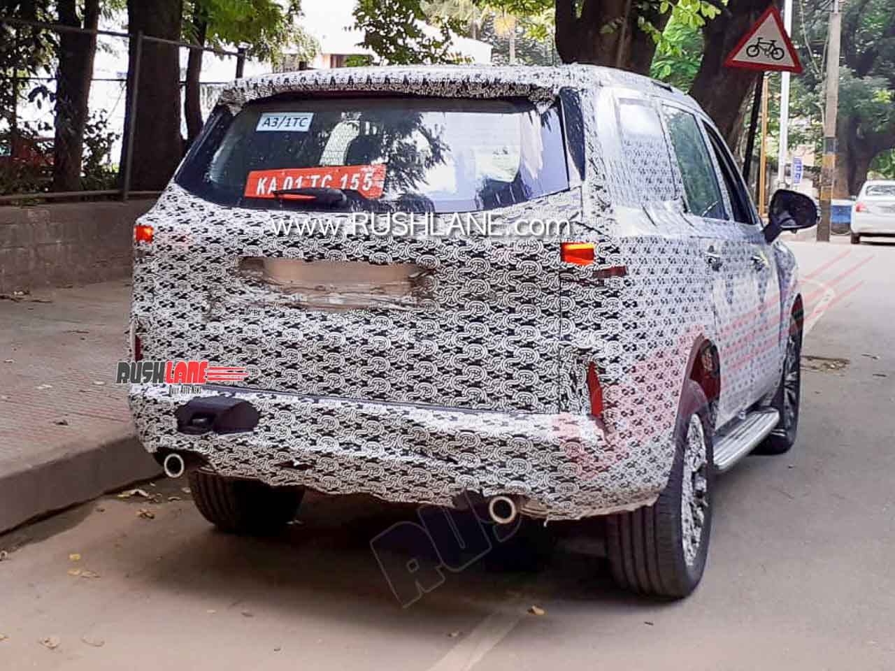 MG Gloster exhaust spied