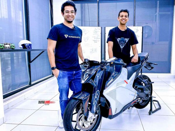 Founders Narayan and Niraj with the F77 1.0