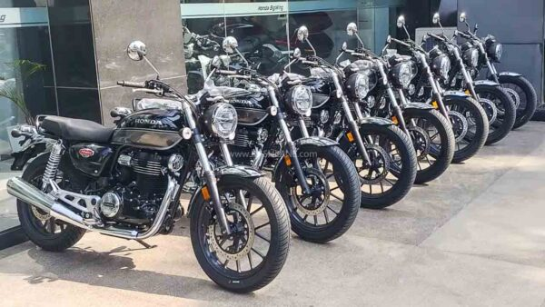 Honda CB350 First Batch Delivery