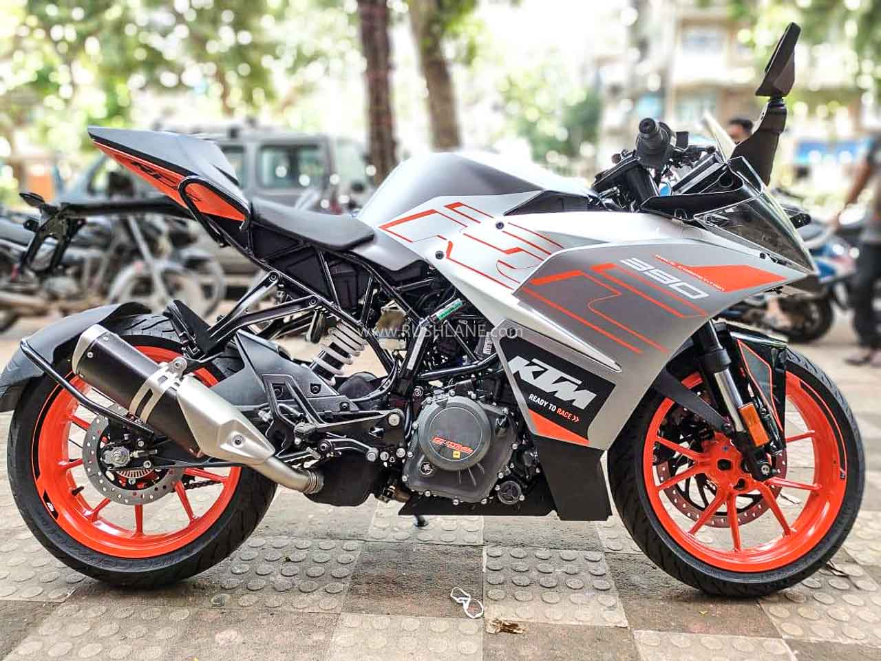 Ktm Duke 390 Rc 390 Imported Metzeler Tyres Replaced With Mrf