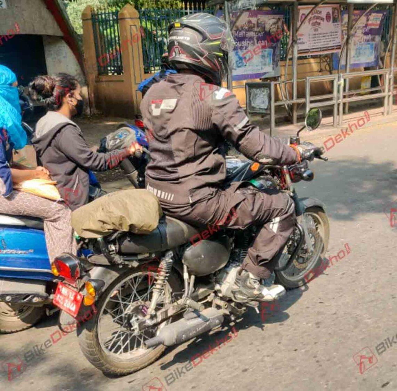 Kawasaki W175 Spied in Pune