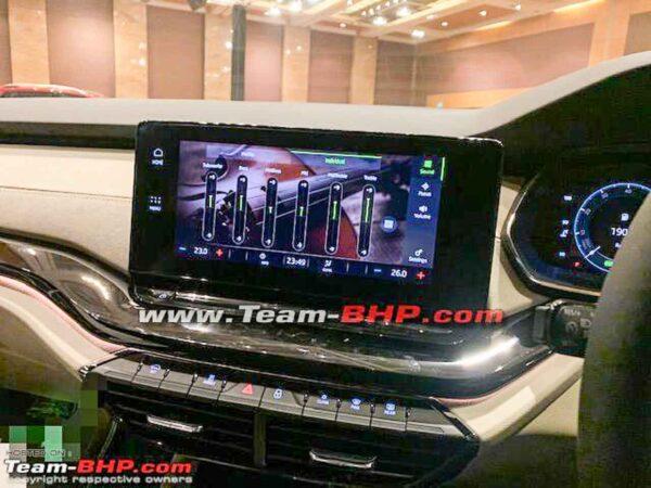 2021 Skoda Octavia L&K Top Variant Showcased To Dealers ...