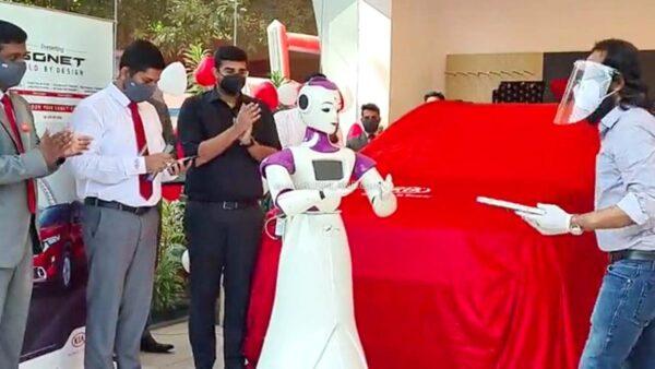 Kia Sonet Delivery Robot