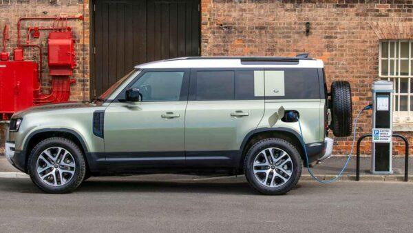Land Rover Defender Hybrid SUV