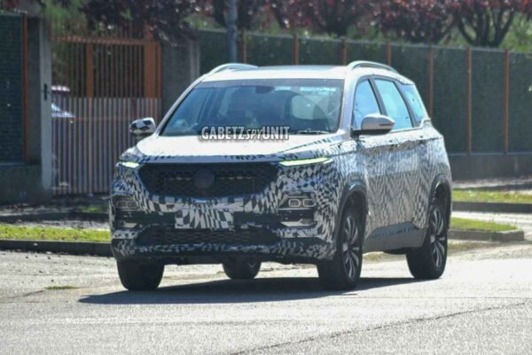 MG Hector on test in Italy
