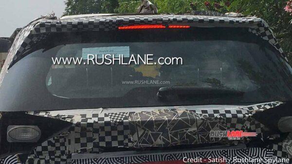 2021 Mahindra XUV500 3rd Row Seats With Adjustable Headrest