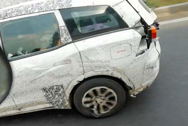 2021 Mahindra XUV500 Petrol