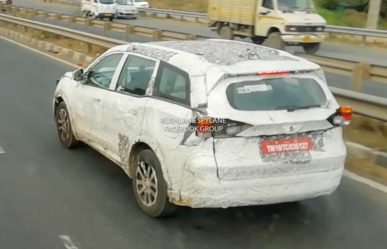 2021 Mahindra XUV500 Petrol Variant Spied - New Spy Shots Of Dashboard - RushLane