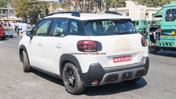 Citroen C3 Aircross Spied in India