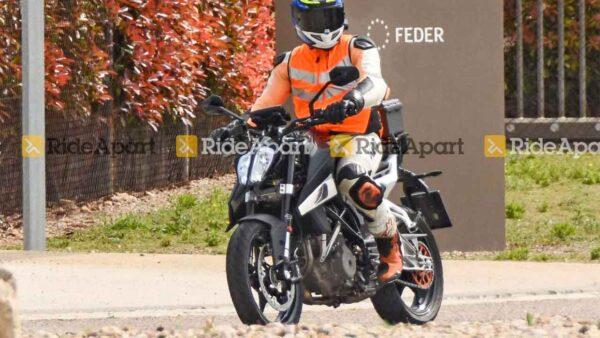 2022 KTM 390 Duke