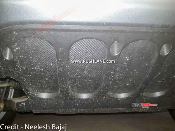 Closer look at the new skid plate of Mahindra Thar 2021