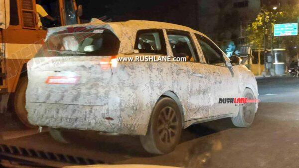 New Mahindra XUV700