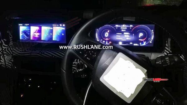 Mahindra XUV700 Infotainment Touchscreen