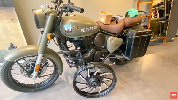 2021 Royal Enfield Classic 350 Accessories
