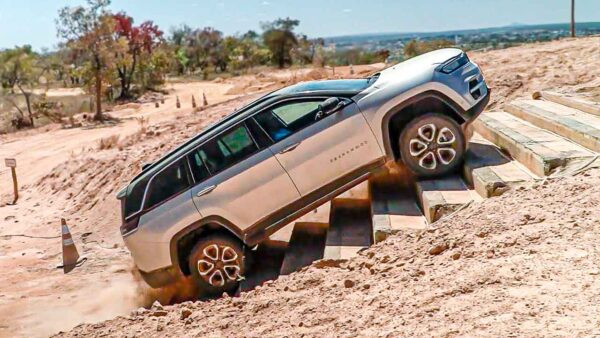 2022 Jeep Commander SUV