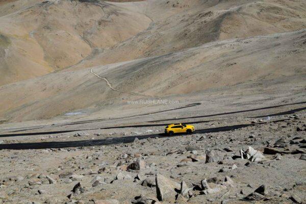 Lamborghini URUS Umling arrives in La